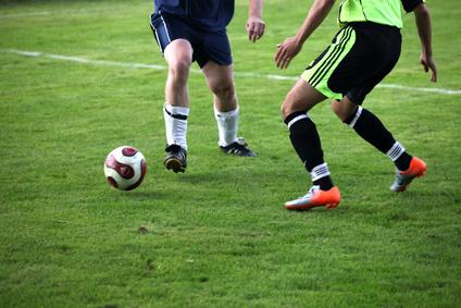 Taxe à 75% : le Sénat veut inclure les clubs sportifs étrangers jouant en championnat français
