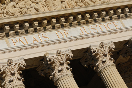 Plus de 18 millions réclamés au Crédit Agricole et à l'Etat pour procédure trop longue et abusive