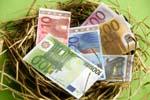 Le gouverneur de la Banque de France appelle à la création de nouvelles formules d'épargne