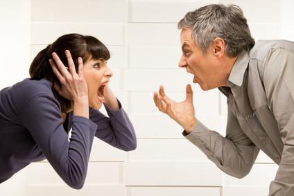 Divorce : qui doit payer pour le logement commun après une séparation ?