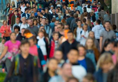 Casseurs / Gilets Jaunes : interdire les manifestations, déjà illégales, sur les Champs-Élysées aiderait en quoi ?