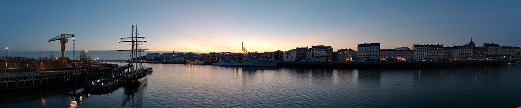 Nantes - Quais au coucher du soleil
