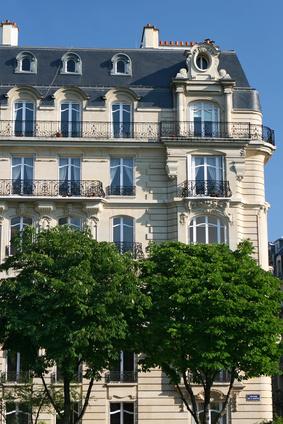 Le manque de logements sur Paris fait augmenter de façon irrationnelle les prix sur la Capitale