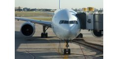 Des bornes dans les aéroports parisiens pour compenser ses émissions carbone