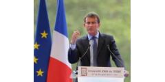 Le cri d'amour de Valls pour les entreprises au Medef
