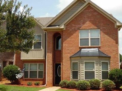 Maison de 256 m2 habitables, achetée 137.000$ entièrement rénovée, louée 1.275$ par mois!